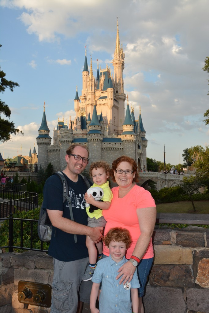 Memory Maker | Family Vacation Photos | Disney World