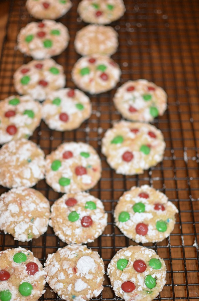 Holiday Snowflake M&M Cookies | The perfect cookie for Santa. #BakeInTheFun AD #recipe