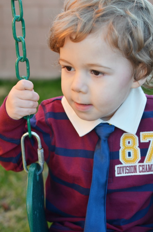 DIY Easy Boys No-Sew Tie with tying diagram. ad #WalmartBaby