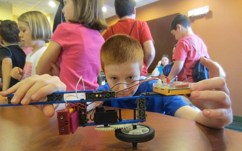 Save 60% Off #ROBOTS4U Summer Camps. @usfg #ad