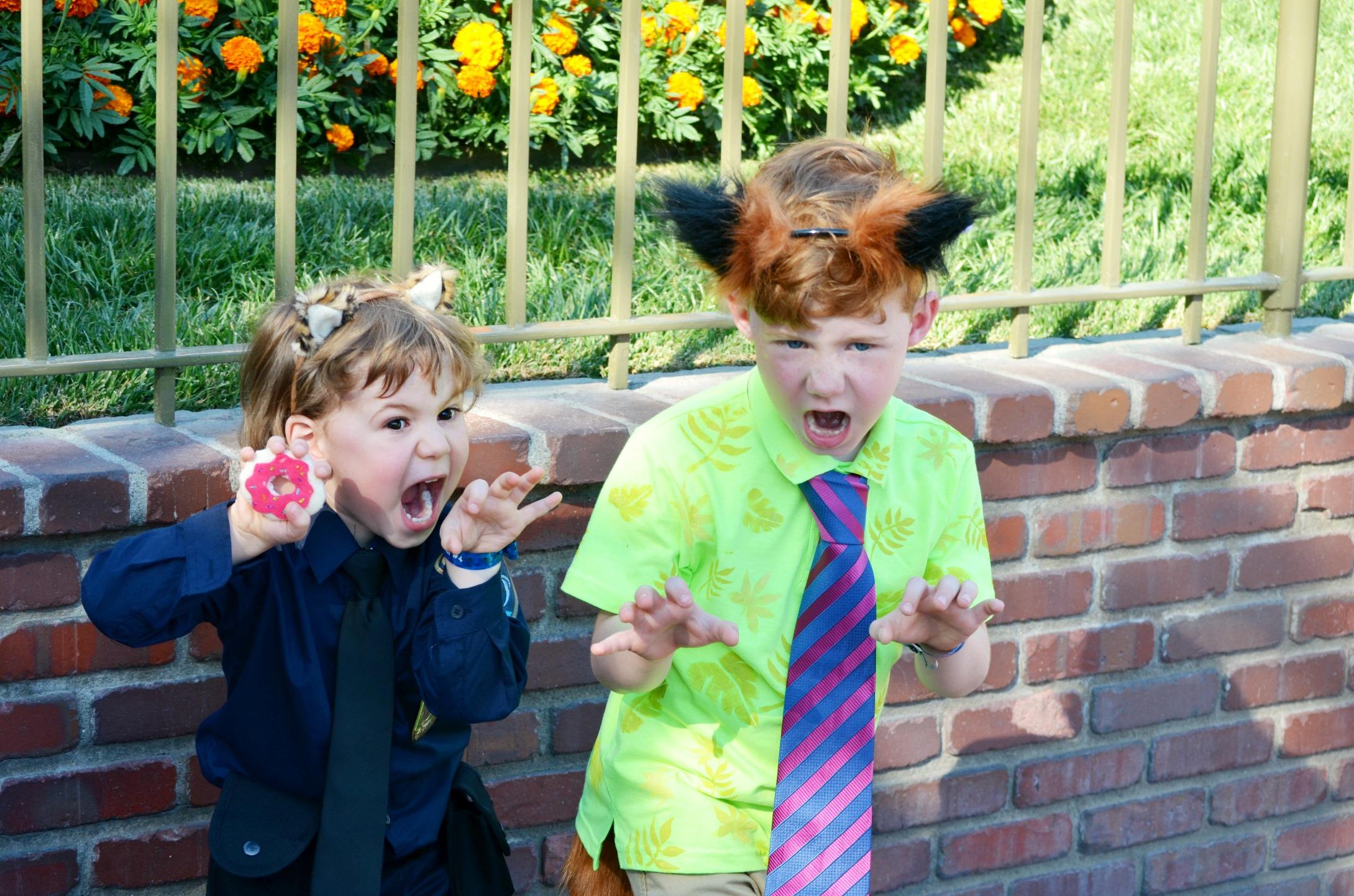 ZOOTOPIA Family Costumes! Easy group Halloween costume ideas.