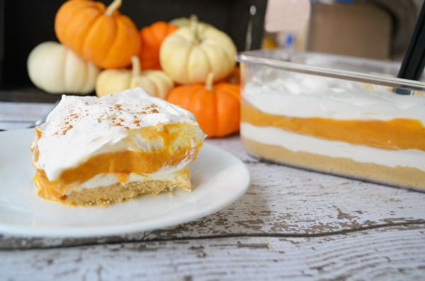 Pumpkin Pie Lasagna | Delicious no-bake layered dessert.