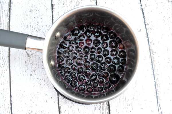 Blueberry Compote #EggoMyWay #ad