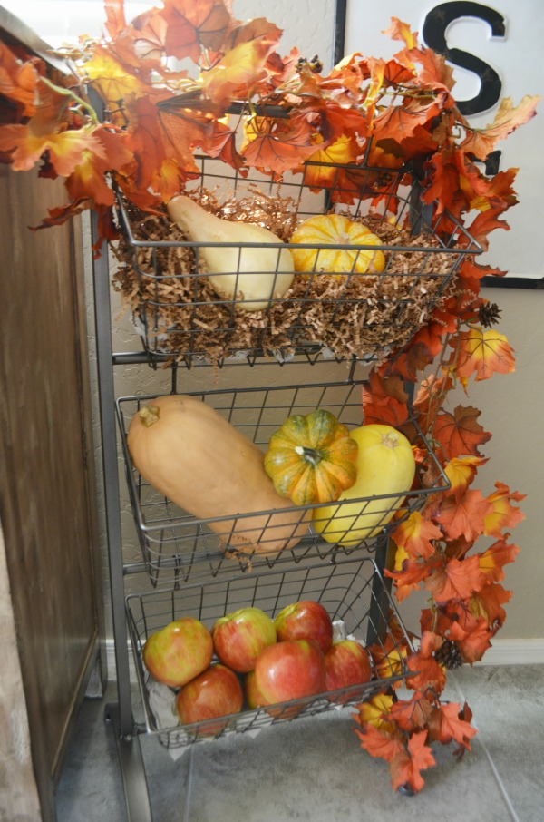 tiered fruit and veggie wire baskets