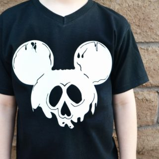 Disney poison apple Mickey shirt