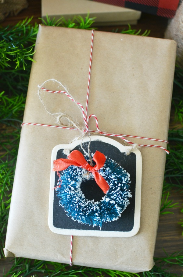 sisal wreath and chalkboard wrapping